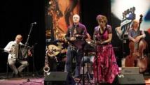 La soprano Samira Kadiri offre un spectacle haut en couleurs à Tunis