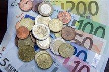 Baisse de l'euro: une société suisse veut payer moins les frontaliers