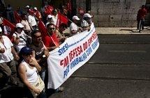 Les syndicats mobilisent en Europe pour protester contre l'austérité