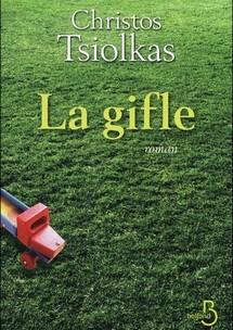 """""""La gifle"""" : un roman coup de poing sur une Australie déboussolée"""