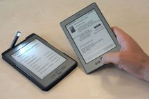 Livre numérique: Amazon lance sa liseuse Kindle en France à 99 euros