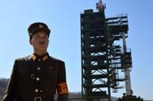 Le satellite nord-coréen doit être installé ce mardi sur la fusée