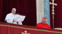 Message de paix du pape François, qui prend la défense des migrants