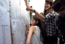 Baccalauréat: fin du suspense pour les candidats qui découvrent leurs résultats