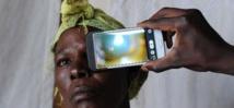 """L'""""Eye-Phone"""", outil prometteur de diagnostic oculaire dans les pays pauvres"""
