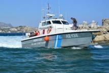 Grèce: au moins douze morts dans le naufrage d'un bateau de migrants