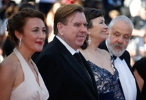 Dorothy Atkinson, Timothy Spall, Marion Bailey et Mike Leigh
