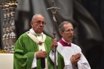 Vatican: le synode affirme les valeurs positives du mariage civil