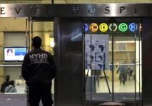Ebola: premier cas à New York, l'épidémie menace le Mali et la Côte d'Ivoire