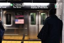 New York: mort d'un homme poussé sous une rame de métro par un inconnu