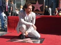 Matthew McConaughey reçoit son étoile à Hollywood après une année étincelante
