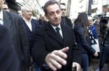 """UMP: Sarkozy consulte pour former son équipe et réussir le """"rassemblement"""""""