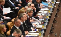 """Irak/Syrie: le groupe EI """"en train d'être stoppé"""" par les frappes"""