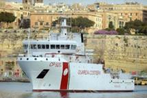 Méditerranée: nouveau naufrage en cours d'un bateau avec plus de 300 migrants