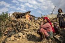 Népal: les secouristes tentent d'aider les régions reculées, le bilan s'alourdit
