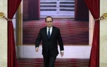 """Hollande fête le 3e anniversaire de sa victoire en prônant """"confiance"""" et """"progrès"""""""