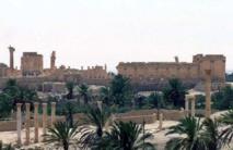Syrie: le groupe EI s'empare de champs gaziers, des morts à Palmyre