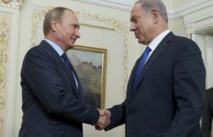 """Syrie: Moscou demande des """"actes"""" contre le terrorisme et déploie des avions"""