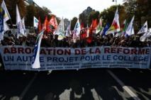 Education: de milliers de manifestants défilent contre la réforme du collège
