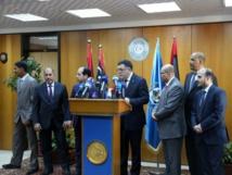 Fayez al-Sarraj sommé de quitter Tripoli, risque d'escalade