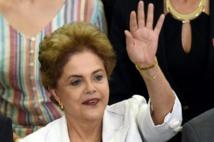 Brésil: Rousseff accuse son vice-président de conspirer pour la destituer
