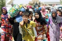 Lutte contre l'EI en Irak et Syrie: des centaines de civils fuient Fallouja