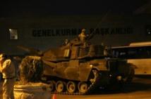 Tentative de putsch en Turquie: 1.563 militaires arrêtés