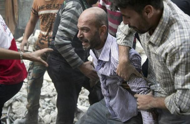 Syrie: plus de 3.800 civils tués par les raids russes en un an