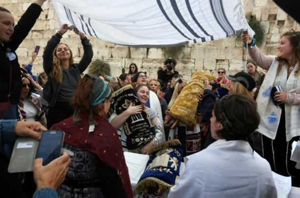 Égalité hommes/femmes: heurts près du mur des Lamentations