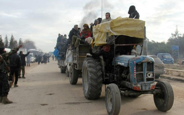 Obama veut des observateurs à Alep où les évacuations sont suspendues