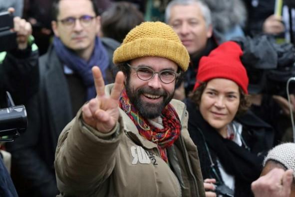Aide aux migrants: amende avec sursis pour Cédric Herrou
