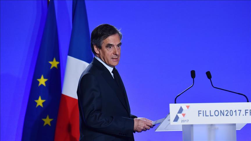 France- Les rangs s'éclaircissent autour de François Fillon