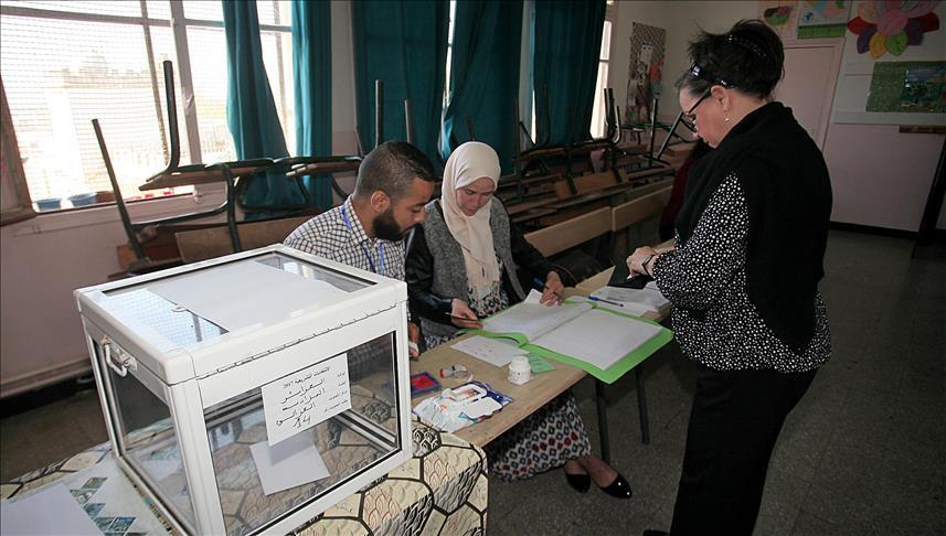 Algérie/Législatives - Les partis au pouvoir gardent la majorité