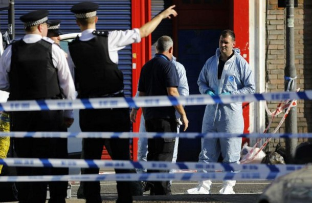 """""""Attaque terroriste"""" contre des piétons près d'une mosquée à Londres"""