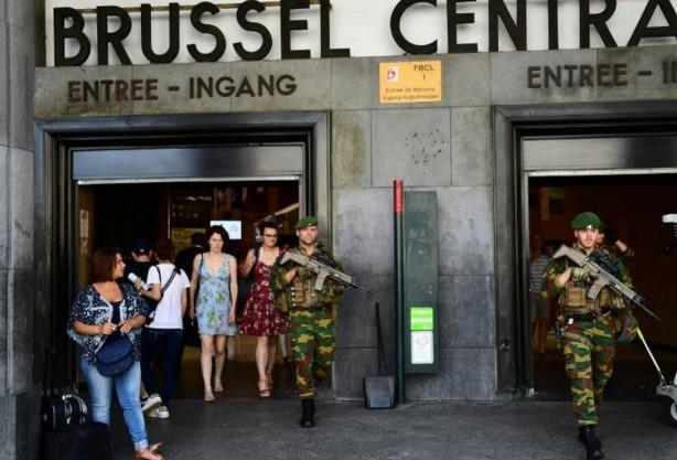 """Bruxelles: le pire évité dans une """"attaque terroriste"""" commise par un Marocain"""
