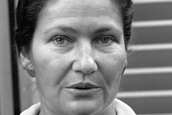 Mort de Simone Veil, rescapée de la Shoah et grande figure de la vie politique