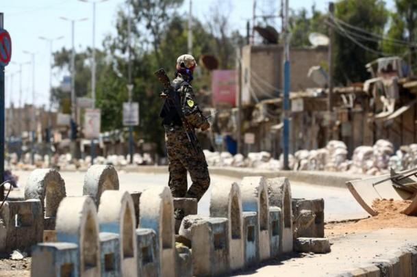 Dans leurs fiefs de Raqa et Mossoul, les jihadistes en mauvaise posture
