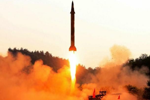 L'ONU adopte un traité bannissant l'arme atomique, boudé par les Etats nucléaires