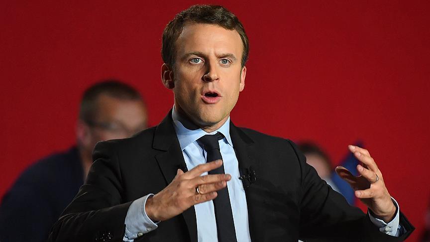 """Le président français Emmanuel Macron en quête d'une """"refondation"""" de l'Europe"""