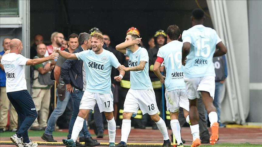 Foot / Italie: La Lazio Rome humilie l'AC Milan, le SSC Napoli l'emporte à Bologne