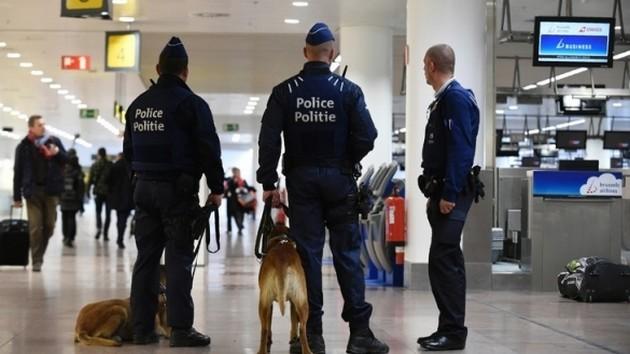 Arrestation à l'aéroport de Bruxelles d'un chef présumé d'une cellule jihadiste