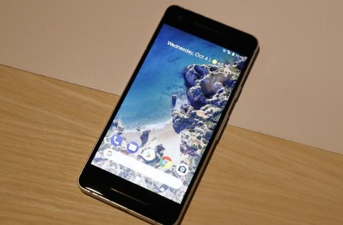 Google lance de nouveaux téléphones et assistants vocaux