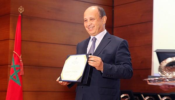 Ahizoune reçoit le Prix de reconnaissance de la culture amazighe au titre l'année 2016