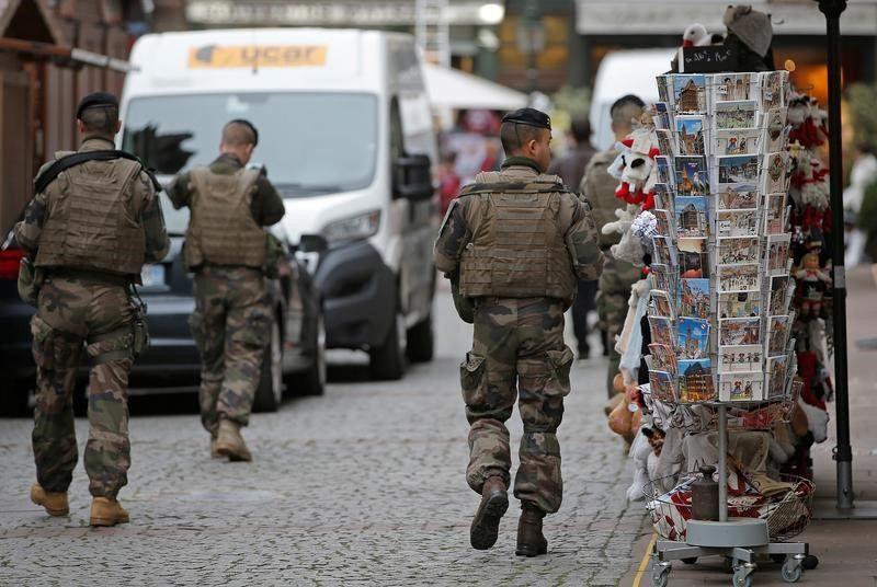 L'état d'urgence prend fin en France après deux ans de vif débat
