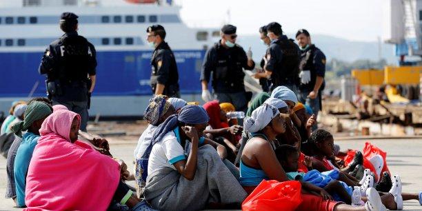 Affaire d'esclavage des migrants africains : la Libye condamne l'état de siège de ses ambassades en Afrique