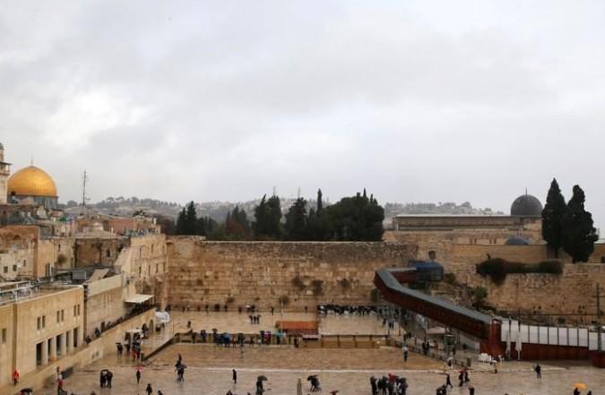 Jérusalem doit être la capitale d'Israël et d'un Etat palestinien, selon l'UE