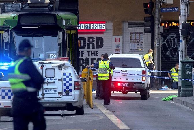 Une voiture fonce sur des piétons à Melbourne, 19 blessés
