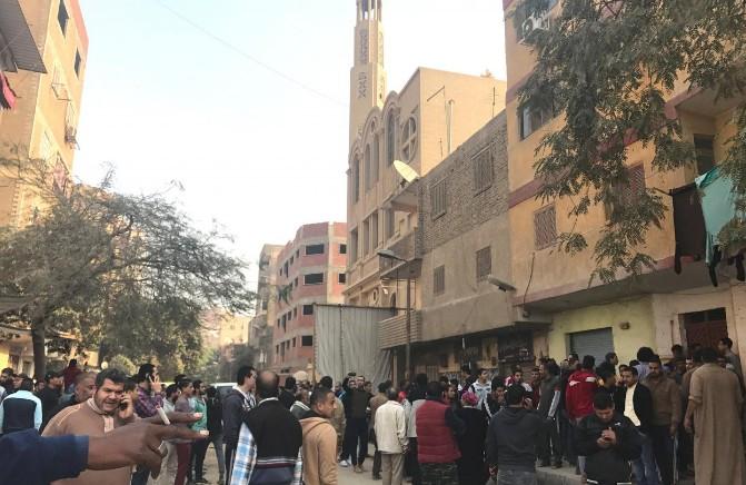 Attaque contre une église au sud du Caire, au moins neuf morts