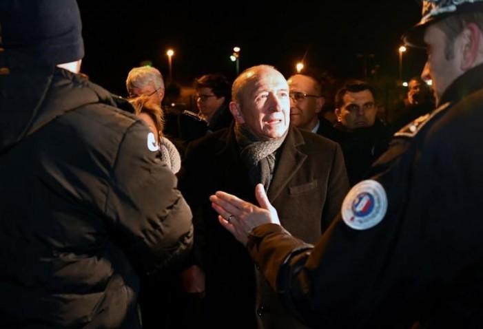 Collomb dénonce un degré de violence inédit à Calais