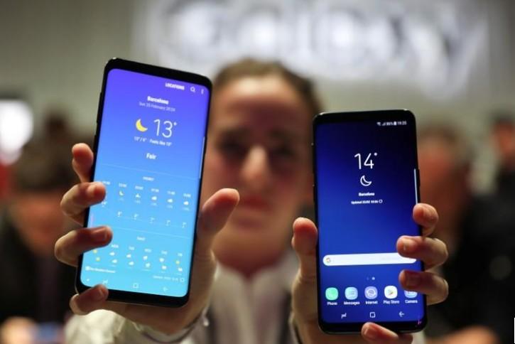 Samsung lance son Galaxy S9, tourné vers les réseaux sociaux